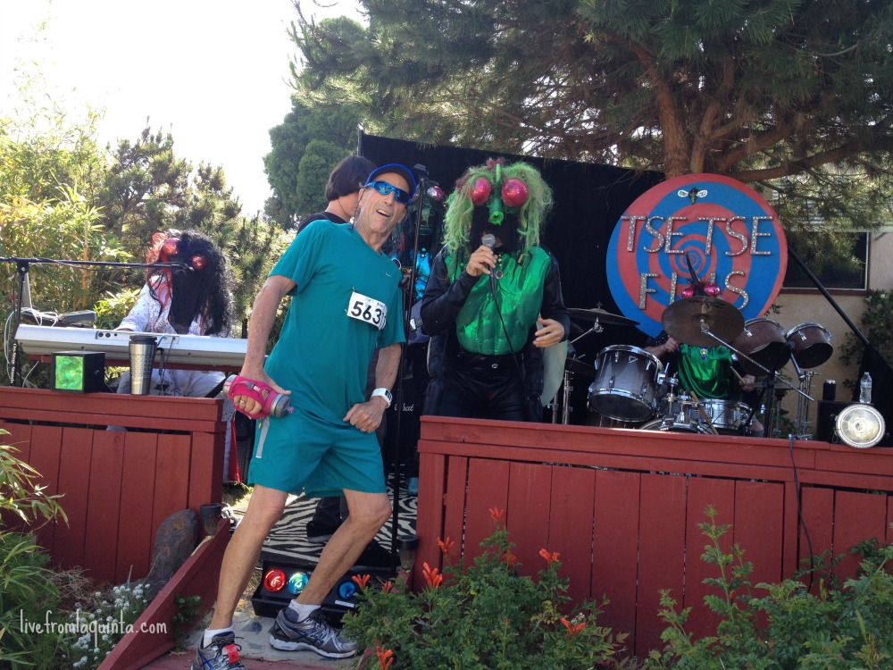 Here are 10 things I love about the Rock 'n' Roll Marathon that I know you will love too. Number one is the music!