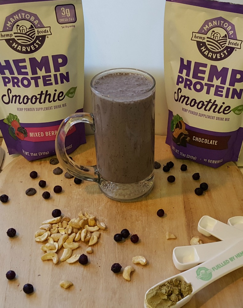 Enjoy the goodness of @ManitobaHarvest Smoothie with protein and greens! #SweatPink #ad