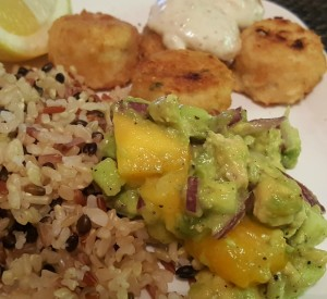 30 Minute Dinner: Gardein Crabless Cakes with Mango Avocado Salsa