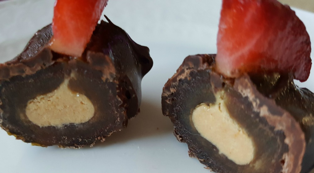 These Medjool Date Truffles with Cashew Butter and Dark Chocolate are dairy free, gluten free, vegan, and easy to prepare. And they're delicious!