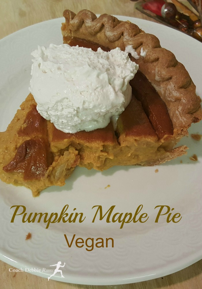 This luscious pumpkin pie is easy and vegan! It's a perfect addition to your vegan Christmas dinner (or anytime really). #vegan #veganpumpkinpie